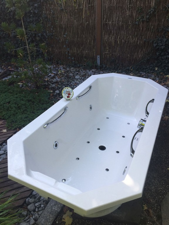 Coers Pool Pilot Whirlpool Badewanne 176x86 Cm Eur 17700 intended for sizing 1200 X 1600