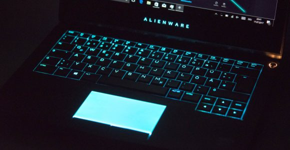 Das Dell Alienware 13 Mit Oled Display Im Test Techtest with proportions 1920 X 1080